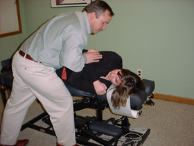 chiropractor near me adjusting